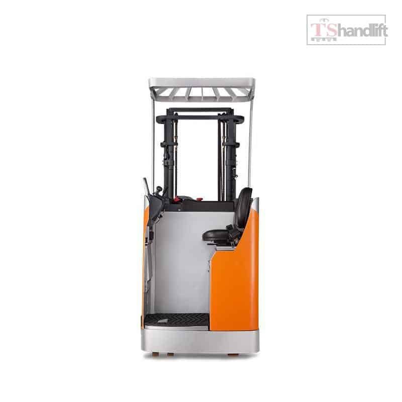 Electric Stand Up Reach Truck 02